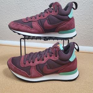 Nike Internationalist Mid Womens Size 6.5 burgundy